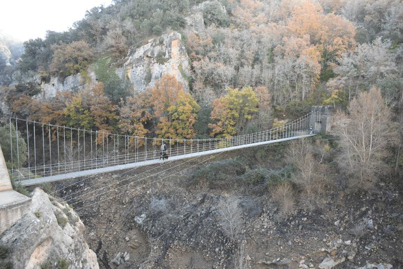 Puente colgante del congost de montrebei