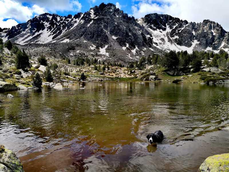 Lago de Ensagents y refugio